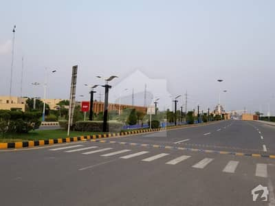 10 Marla Basement Is Available For Rent Hot Location In Bahria Orchard Lahore