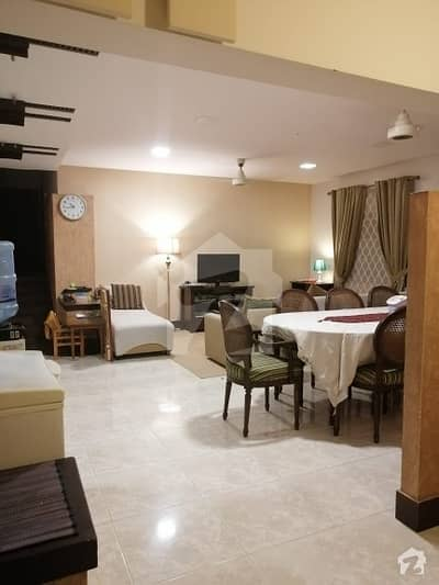 4 Bedrooms 1st Floor Portion For Sale
