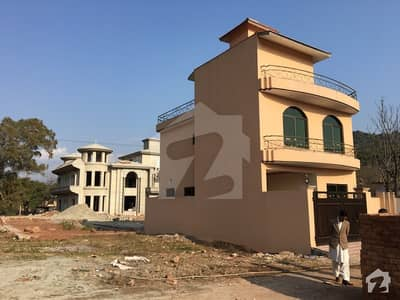 چتر اسلام آباد میں 5 کمروں کا 5 مرلہ مکان 70 لاکھ میں برائے فروخت۔