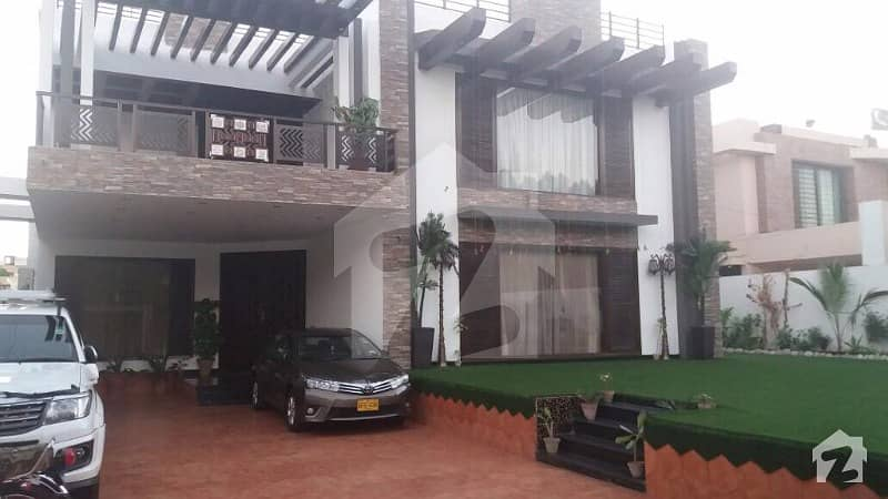 Fully Furnished Mint Condition Bungalow On Main Shaheen
