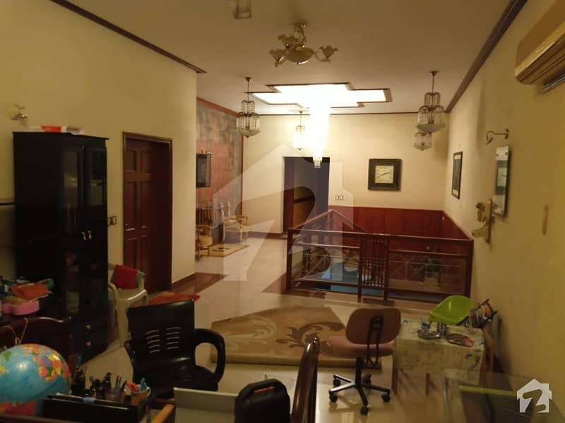 کلفٹن ۔ بلاک 5 کلفٹن کراچی میں 5 کمروں کا 1 کنال مکان 14.5 کروڑ میں برائے فروخت۔