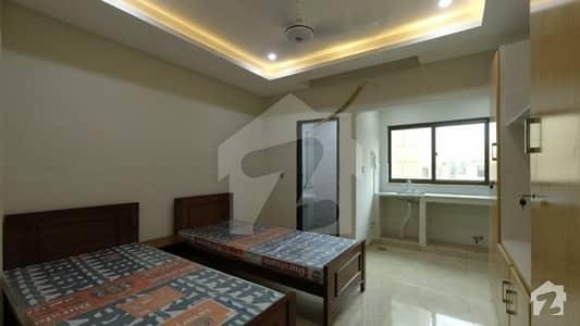 کینال گارڈن فیز 1 - بلاک جی کینال گارڈن فیز 1 کینال گارڈن لاہور میں 3 کمروں کا 1 مرلہ کمرہ 19 ہزار میں کرایہ پر دستیاب ہے۔