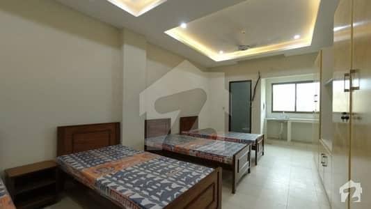 کینال گارڈن فیز 1 - بلاک جی کینال گارڈن فیز 1 کینال گارڈن لاہور میں 4 کمروں کا 1 مرلہ کمرہ 21 ہزار میں کرایہ پر دستیاب ہے۔