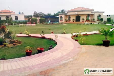 4 Kanal Lavish Farm House In Sumptuous Gated Community At Ideal Location Near Islamabad