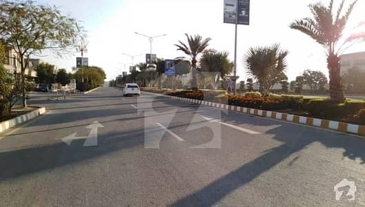 6 Marla Commercial Plot Facing Park On 60 Feet Road With 30 Feet Parking In Hot Location Of Phase  Dream Gardens Lahore Near 150 Feet Road And 23 Kanal Community Center A Best Opportunity For Investors