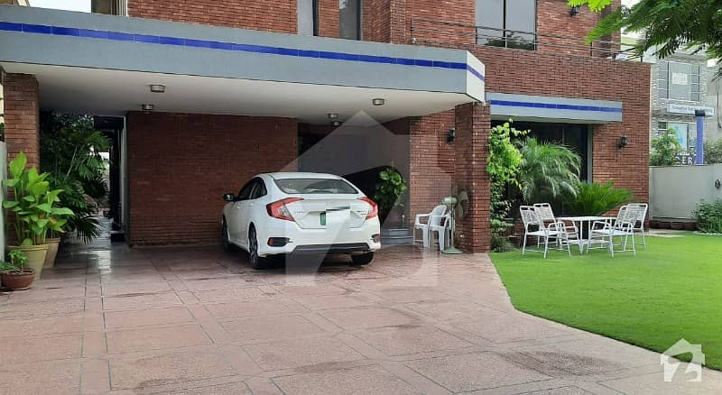1 Bed Luxury Room Available For Rent In Dha Phase 4 Lahore