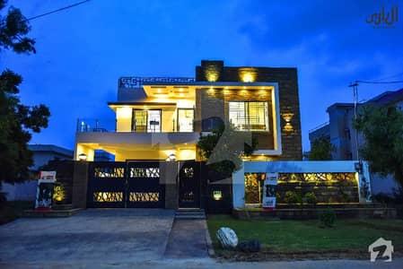 گلشنِ معمار - سیکٹر ایکس گلشنِ معمار گداپ ٹاؤن کراچی میں 10 کمروں کا 16 مرلہ مکان 4.1 کروڑ میں برائے فروخت۔