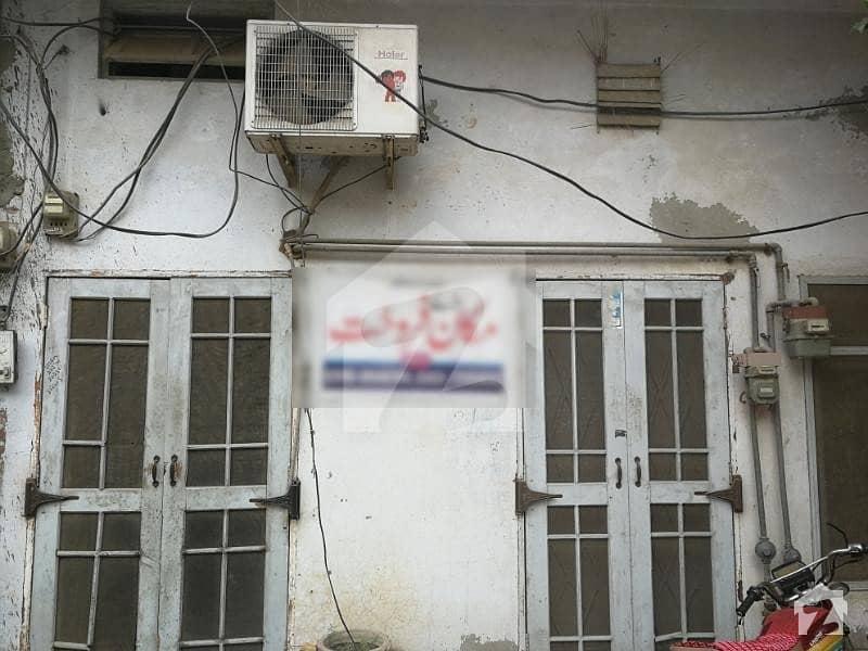 تحصیل روڈ عارف والا میں 5 کمروں کا 5 مرلہ مکان 1 کروڑ میں برائے فروخت۔