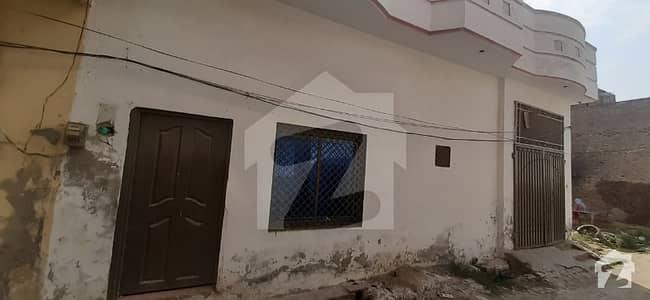 ادرز چشتیاں شریف میں 4 کمروں کا 5 مرلہ مکان 25 لاکھ میں برائے فروخت۔