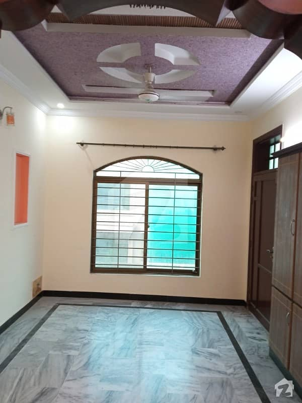Upper Portion Available For Rent In Pakistan Town