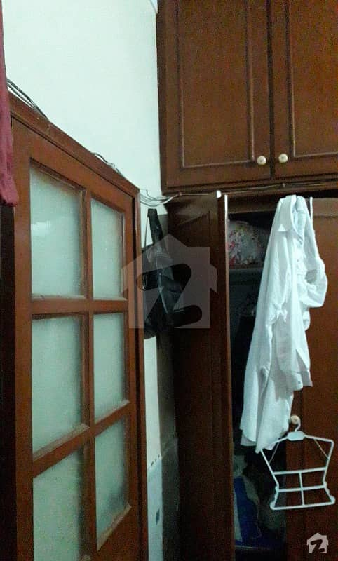 1125  Square Feet Lower Portion In Gulberg 3 For Rent