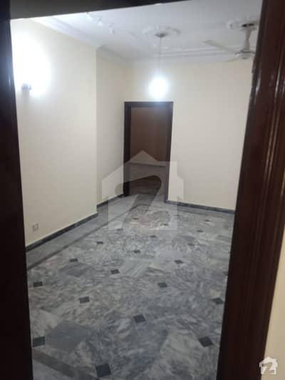 جی ۔ 14/4 جی ۔ 14 اسلام آباد میں 5 کمروں کا 9 مرلہ مکان 55 ہزار میں کرایہ پر دستیاب ہے۔