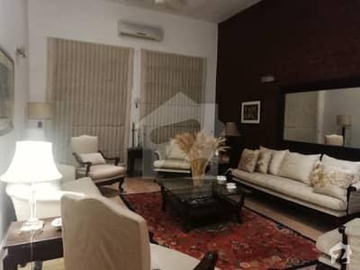 ڈی ایچ اے فیز 6 ڈیفنس (ڈی ایچ اے) لاہور میں 4 کمروں کا 4 کنال فارم ہاؤس 4 کروڑ میں برائے فروخت۔