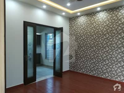 ڈی ایچ اے ڈیفینس فیز 2 ڈی ایچ اے ڈیفینس اسلام آباد میں 9 کمروں کا 10 مرلہ مکان 90 ہزار میں کرایہ پر دستیاب ہے۔