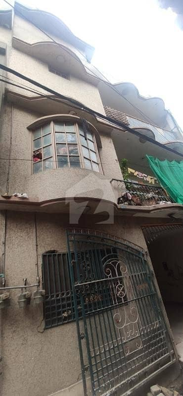 Flat For Rent 5 Marla 3 Rooms Flat 3rd Floor Javed Town Gulbahar 4