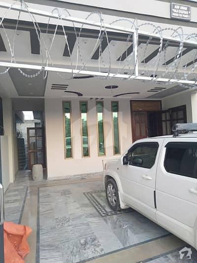 گلریز ہاؤسنگ سوسائٹی فیز 5 گلریز ہاؤسنگ سکیم راولپنڈی میں 11 کمروں کا 12 مرلہ مکان 3.5 کروڑ میں برائے فروخت۔