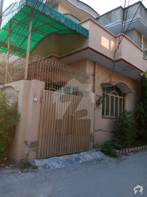 Beautiful Neat Clean And Furnished House Is Rent