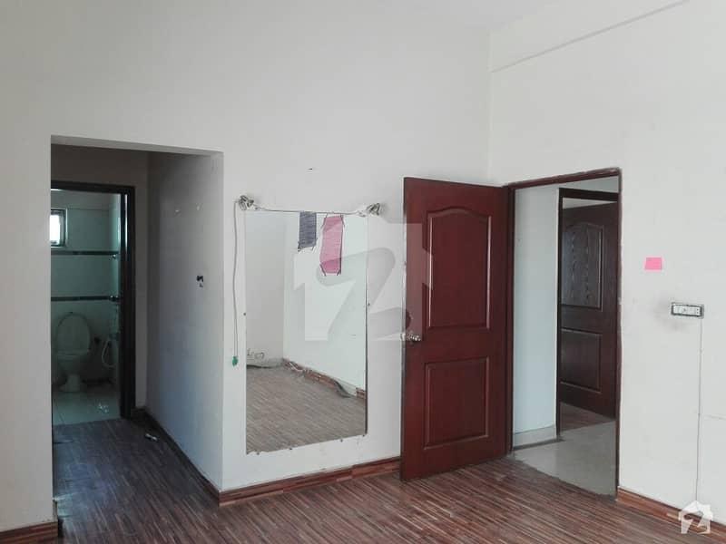 عسکری 10 عسکری لاہور میں 4 کمروں کا 10 مرلہ مکان 65 ہزار میں کرایہ پر دستیاب ہے۔