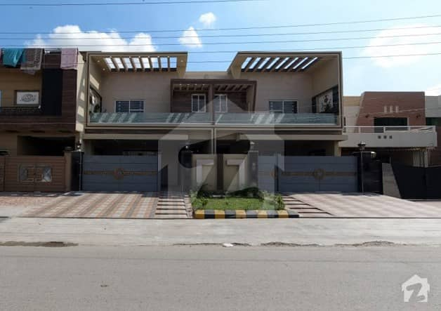 10 Marla House For Sale In F2 Block Of Joher Town Phase 1 Lahore