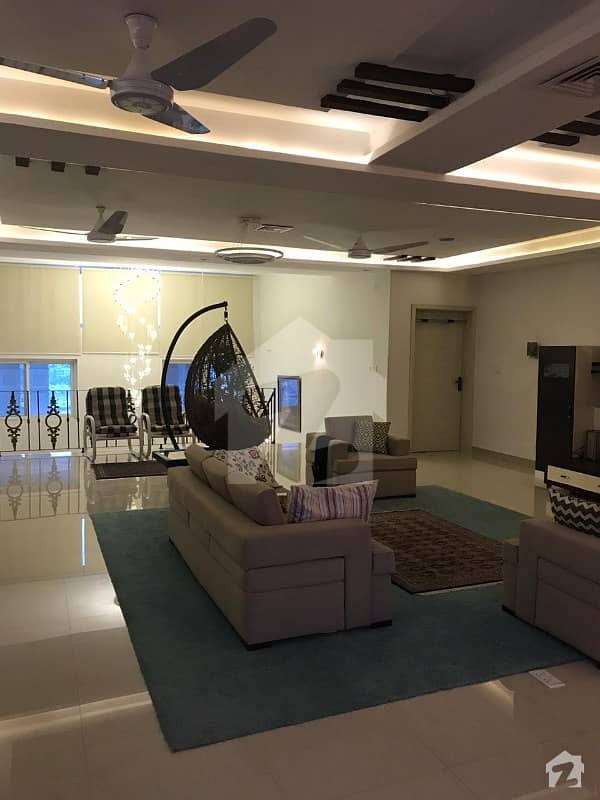 2.6 Kanal Luxury House For Sale In Bahria Town Phase 8 Helmet