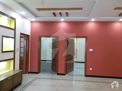 ورسک روڈ پشاور میں 3 کمروں کا 7 مرلہ مکان 27 ہزار میں کرایہ پر دستیاب ہے۔