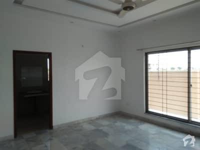 ڈی ایچ اے فیز 7 ڈیفنس (ڈی ایچ اے) لاہور میں 3 کمروں کا 1 کنال زیریں پورشن 75 ہزار میں کرایہ پر دستیاب ہے۔