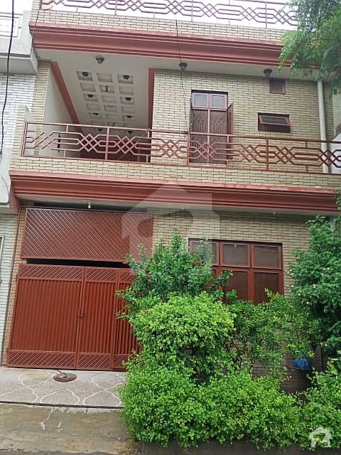 Triple Storey 5 Marla House Facing Park With 4 Spacious Bedrooms And 5 Baths For Urgent Sale In Johar Town