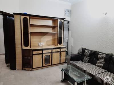 ڈی ایچ اے فیز 4 ڈیفنس (ڈی ایچ اے) لاہور میں 1 کمرے کا 1 کنال کمرہ 30 ہزار میں کرایہ پر دستیاب ہے۔