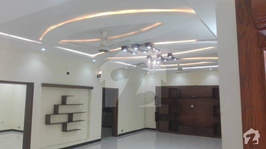 ڈی ۔ 12/3 ڈی ۔ 12 اسلام آباد میں 3 کمروں کا 13 مرلہ زیریں پورشن 70 ہزار میں کرایہ پر دستیاب ہے۔