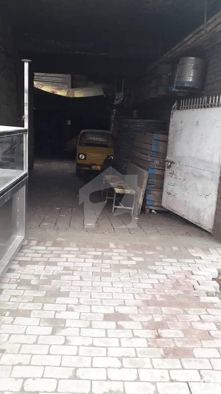 جی ٹی روڈ لاہور میں 15 مرلہ مکان 7 کروڑ میں برائے فروخت۔
