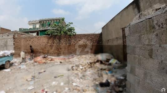 کوری روڈ اسلام آباد میں 12 مرلہ کمرشل پلاٹ 2.4 کروڑ میں برائے فروخت۔