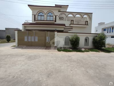 Stunning 2250  Square Feet House In Askari Bypass Available