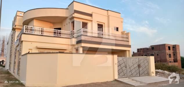 12 And Half Marla Beautifully Build Luxurious House Available For Sale On Reasonable Demand