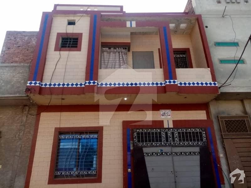 کینال ویو اوکاڑہ میں 2 کمروں کا 2 مرلہ مکان 35 لاکھ میں برائے فروخت۔
