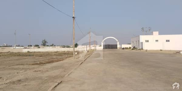 Pak Air Crew  Society 40 Ft Road 10 Ft Parking Commercial Plot 111 Yards