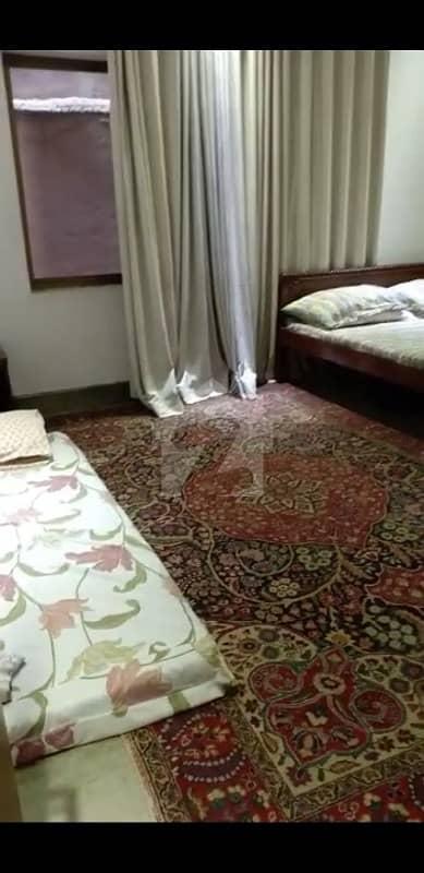 حیات آباد فیز 4 - پی2 حیات آباد فیز 4 حیات آباد پشاور میں 4 کمروں کا 10 مرلہ مکان 75 ہزار میں کرایہ پر دستیاب ہے۔