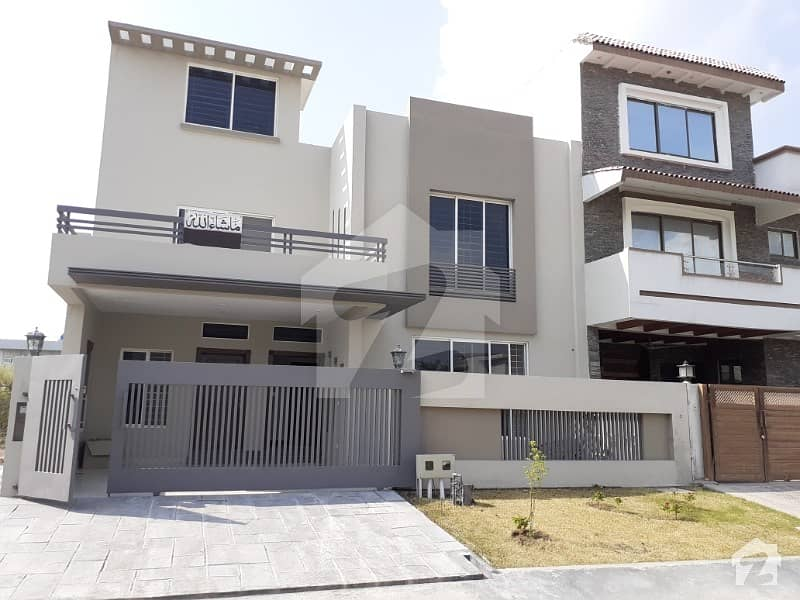 Good 2475  Square Feet House For Sale In D-12