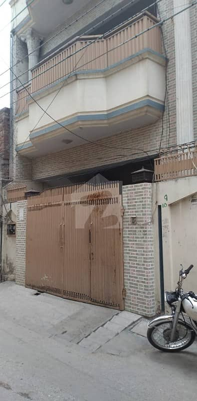 1575  Square Feet House Available For Sale In Azizabad