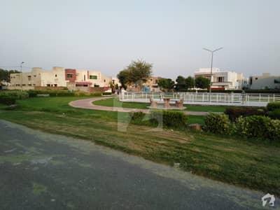 ایڈن سٹی - بلاک سی ایڈن سٹی ایڈن لاہور میں 1.03 کنال رہائشی پلاٹ 1.7 کروڑ میں برائے فروخت۔