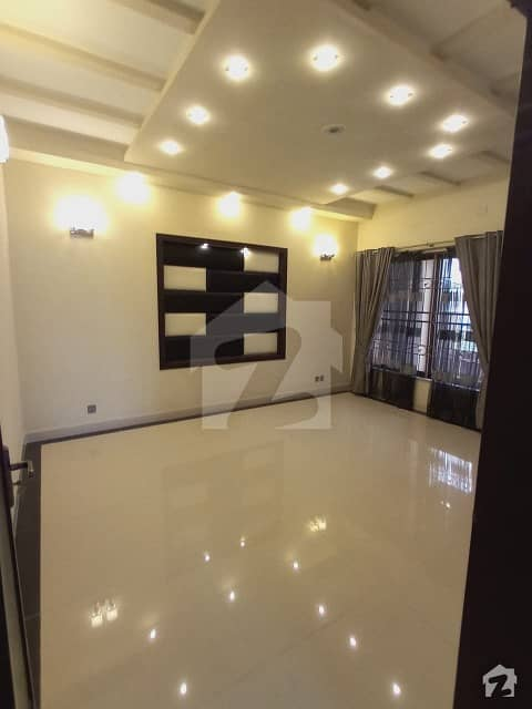 1 Kanal Brand New House For Rent