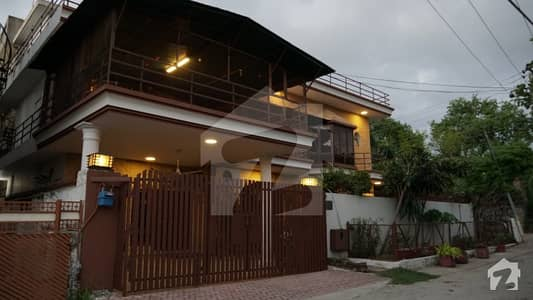 12 Marla House With Excellent Architecture Is Available For Sale In New Lalazar Rawalpindi