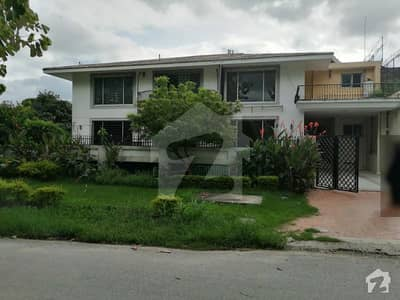 Main Margalla Road F-6 Old House With Extra Land For Sale Cda Transfer