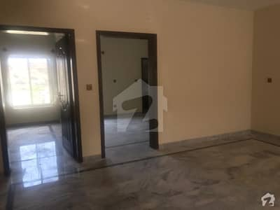 صنوبر سٹی اڈیالہ روڈ راولپنڈی میں 4 کمروں کا 7 مرلہ مکان 1.2 کروڑ میں برائے فروخت۔