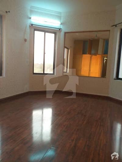 Beautifull Upper Portion For Rent In F-11