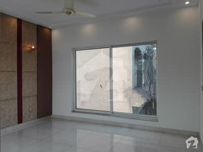 Upper Portion Of 2250  Square Feet In Paragon City - Grove Block Is Available