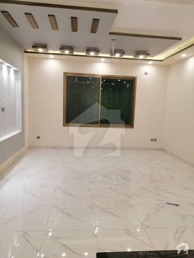 گلشن اقبال - بلاک 13 / D-2 گلشنِ اقبال گلشنِ اقبال ٹاؤن کراچی میں 3 کمروں کا 10 مرلہ بالائی پورشن 1.75 کروڑ میں برائے فروخت۔