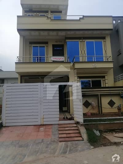Brand New Sun Facing Modern Luxury 4.4 Marla House For Sale