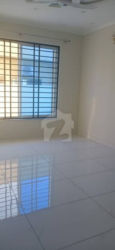 House Of 2700  Square Feet Available In Cbr Town