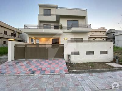 ڈی ایچ اے فیز 2 - سیکٹر جے ڈی ایچ اے ڈیفینس فیز 2 ڈی ایچ اے ڈیفینس اسلام آباد میں 5 کمروں کا 10 مرلہ مکان 2.95 کروڑ میں برائے فروخت۔