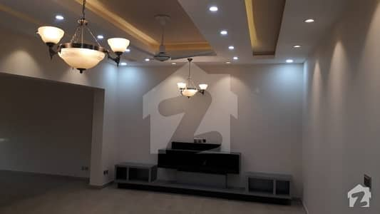 Marvelous Design Brand New 3 Bed Upper Portion